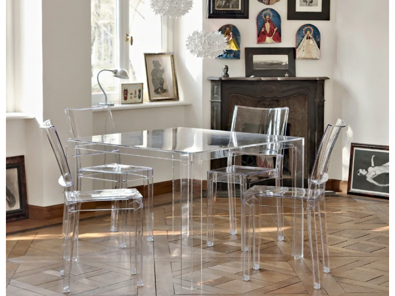 Kartell - Invisible Dining Table