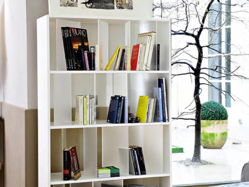 Lovely Kartell   Sundial Bookcase