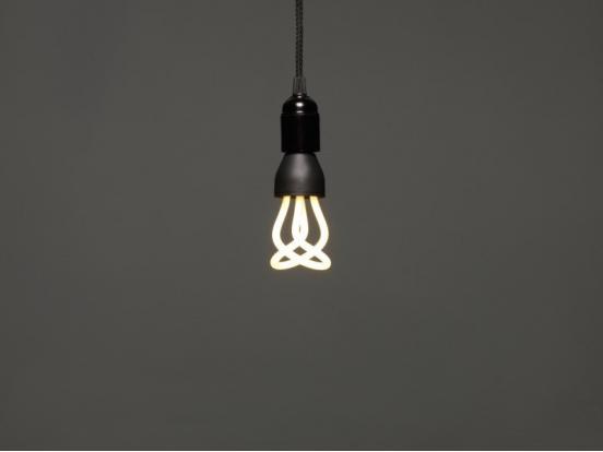 Plumen - Drop Cap Set & Baby Plumen 001 Light Bulb