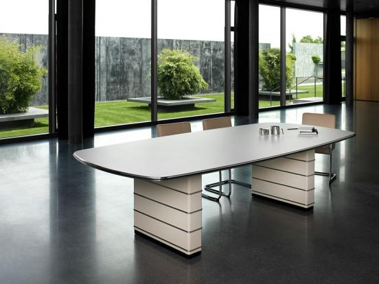 Muller Moebel - TB 121 / TB 126 Conference Table